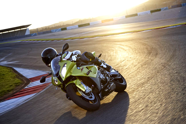 Bmw 1000rr Pictures. on BMW#39;s new S1000RR