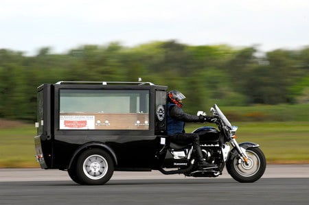 Fastest_Motorcycle_Hearse_1