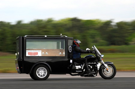 Fastest_Motorcycle_Hearse_thumb