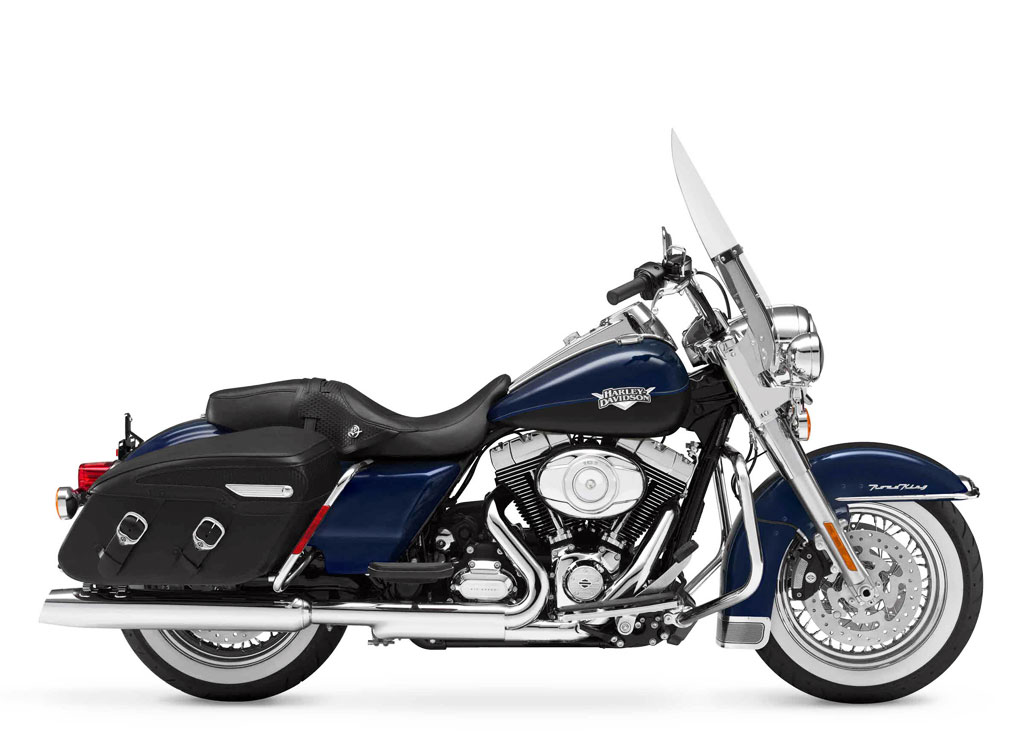 062911-2012-harley-davidson-flhrc-road-king-classic