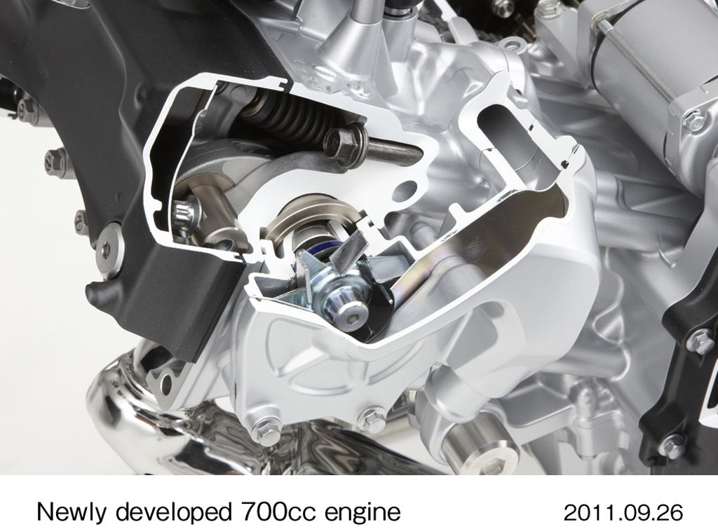 092611-2012-honda-integra-700cc-engine-dct-15