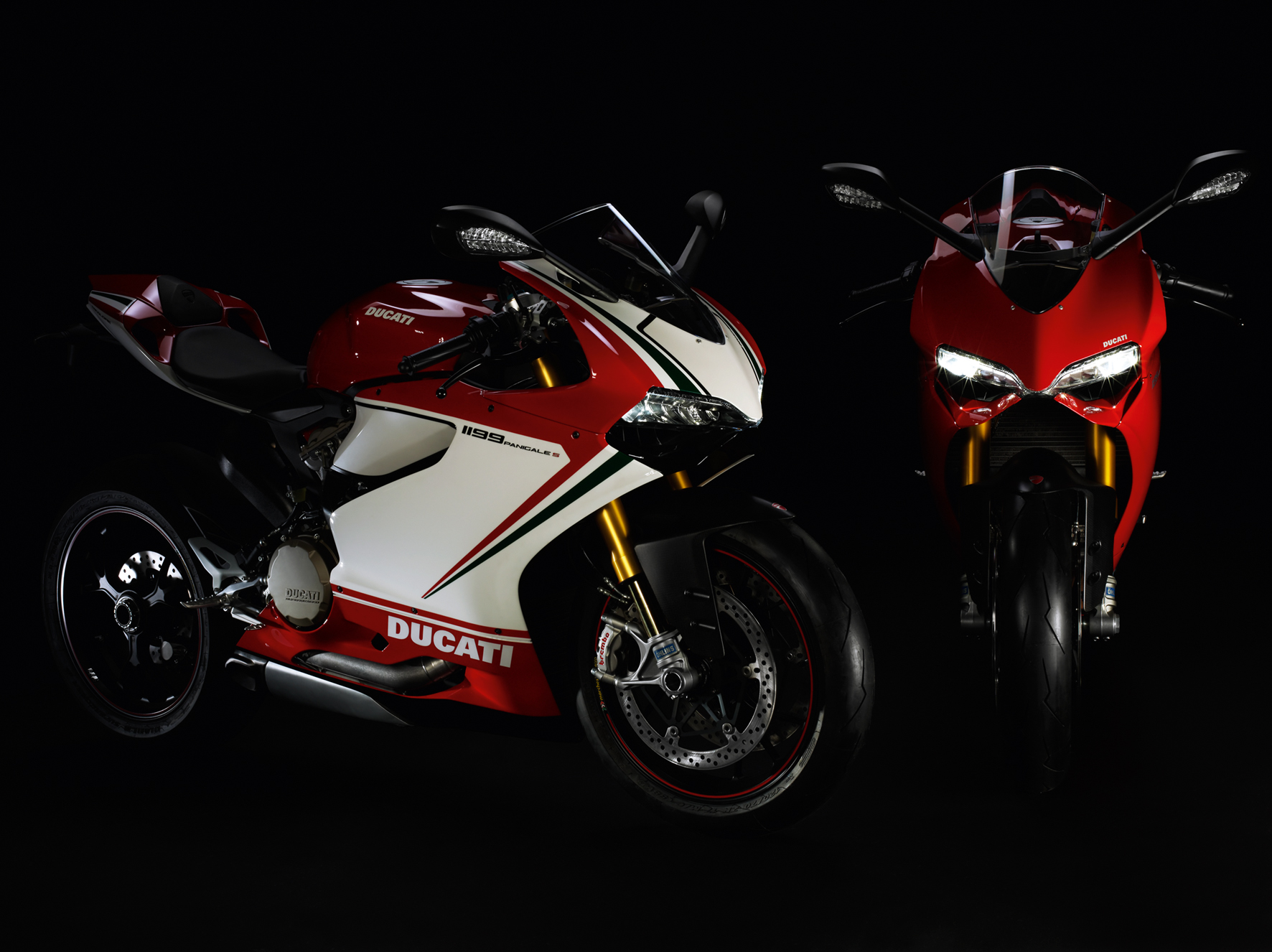 1199_Panigale_01