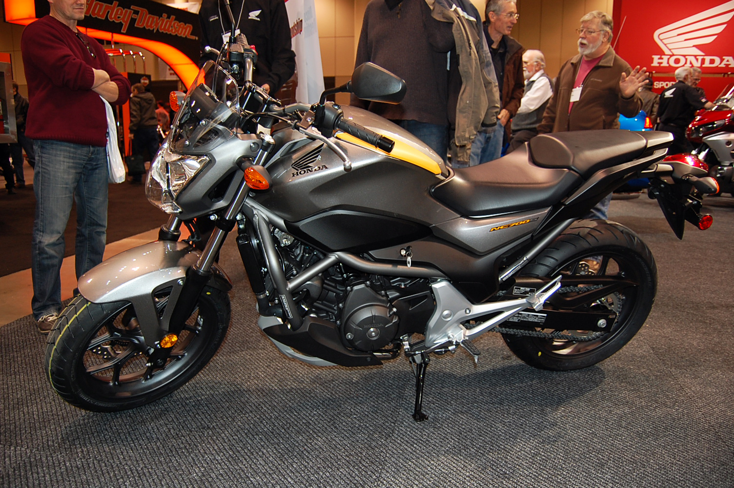 "Motorcycle Dealers Toronto >> 2012 Honda NC700X and NC700S Debut in Canada - MSRP Expected to be ""Under $9000"" [Video ..."