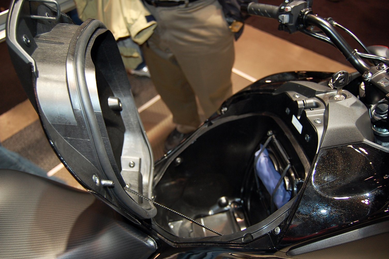 "2012 Honda NC700X and NC700S Debut in Canada - MSRP Expected to be ""Under $9000"" [Video ..."
