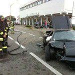 071012-lamborghini-crashes-into-bmw-motorcycles-3
