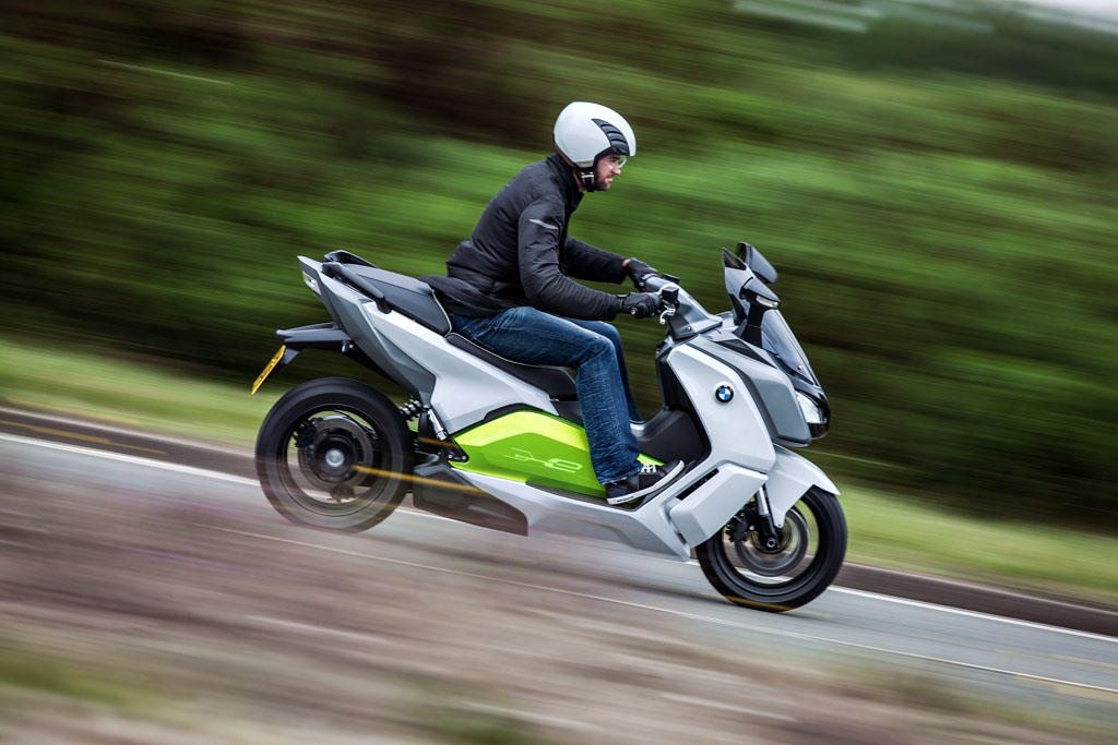 072712-bmw-c-evolution-scooter-prototype-25