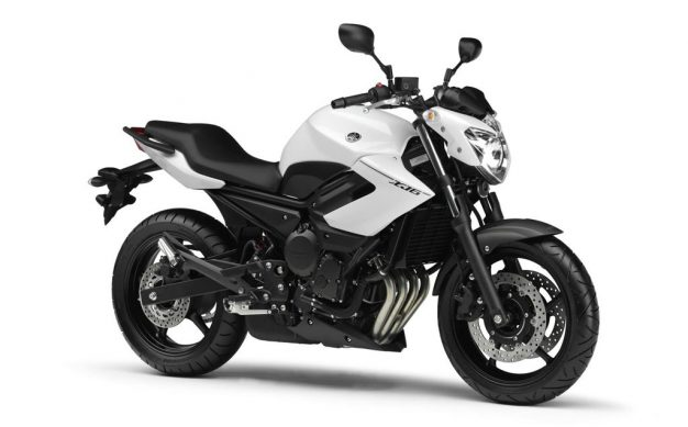 2013-Yamaha-XJ6-EU-Competition-White-Studio-001