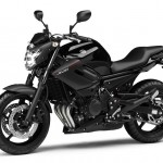 2013-Yamaha-XJ6-EU-Midnight-Black-Studio-007