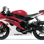091312-2013-yamaha-yzf-r6-red-02