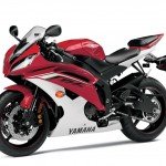091312-2013-yamaha-yzf-r6-red-04