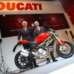 100312-2013-ducati-monster-1-Ducati_Intermot2012_1
