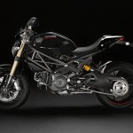 100312-2013-ducati-monster-19-42 1100 evo