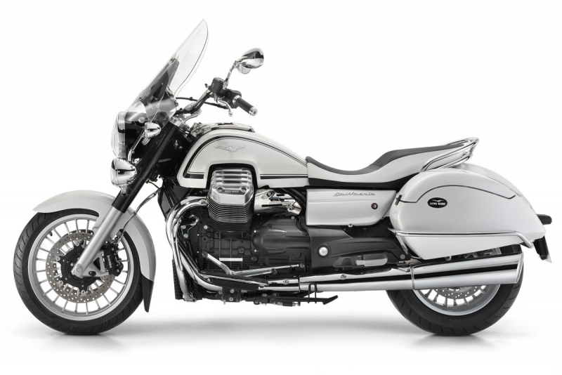 2013 moto guzzi california 1400 revealed in touring guise news. Black Bedroom Furniture Sets. Home Design Ideas