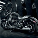 111312-2013-moto-guzzi-california-custom-22