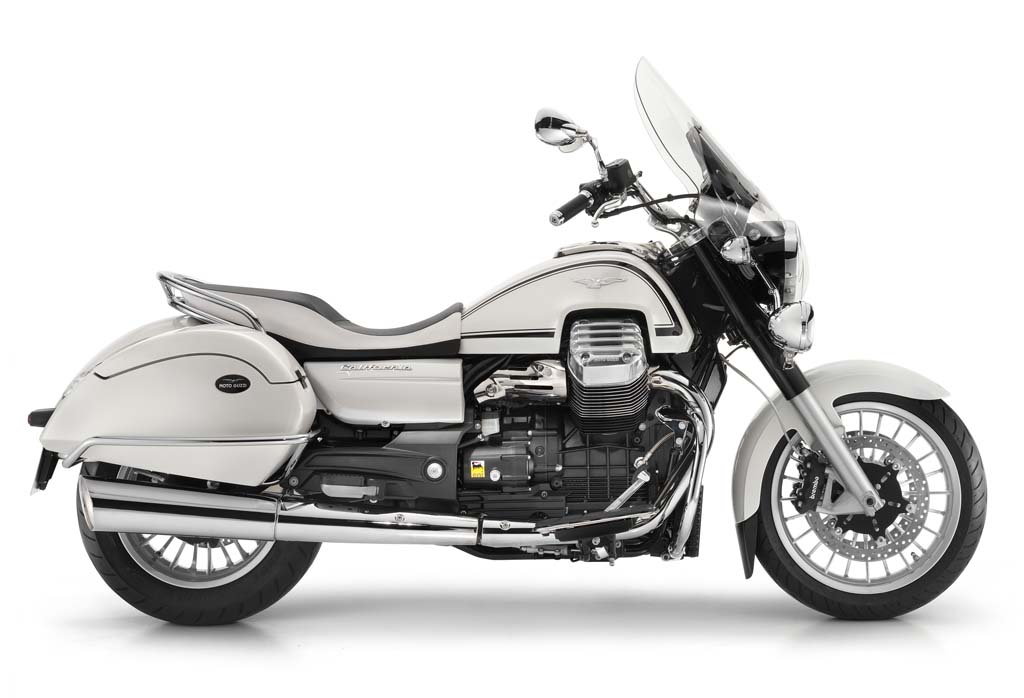 111312-2013-moto-guzzi-california-touring-11