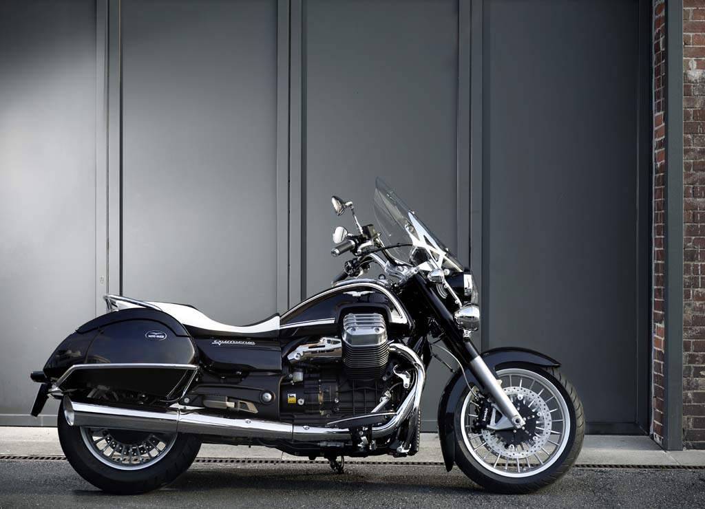 111312-2013-moto-guzzi-california-touring-35