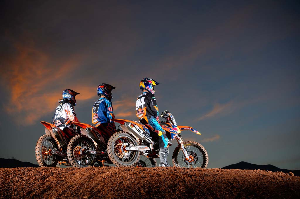 121212-ktm-ama-sx-mx-team-19