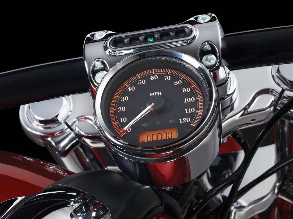2013, FXSB, Softail, Breakout, key features, Speedometer, 131013