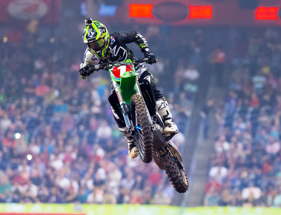 040813-villopoto-kawasaki-ama-supercross-houston-2