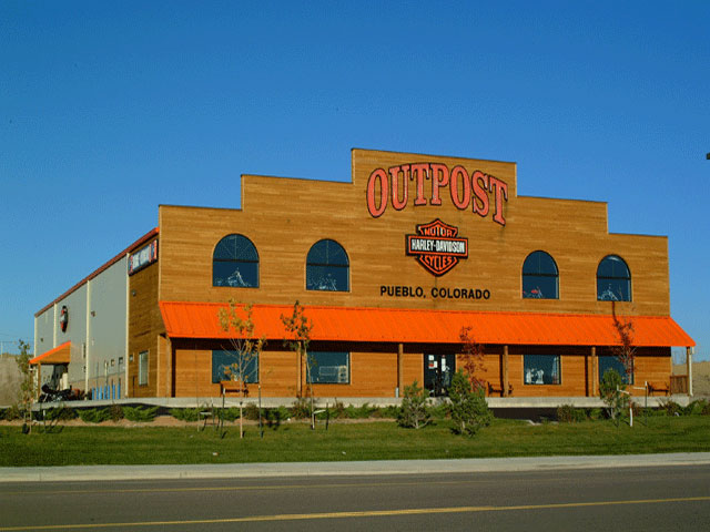 040913-outpost-harley-davidson-before-storm