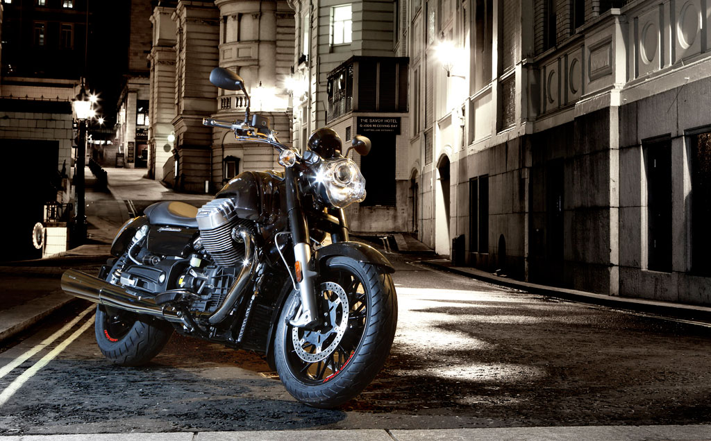 041013-2014-moto-guzzi-california-1400-custom