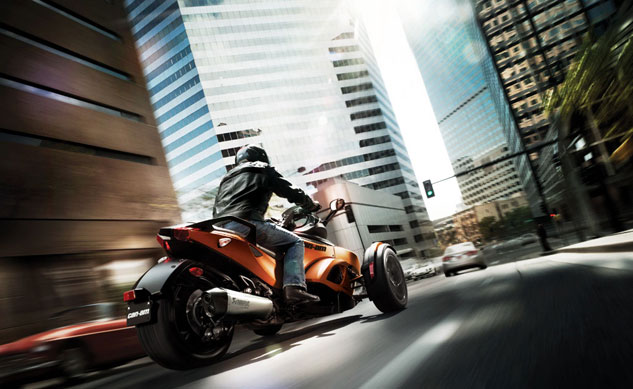 052313-2013-can-am-spyder-rs-s-f