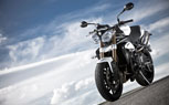 053113-2013-triumph-speed-triple-t