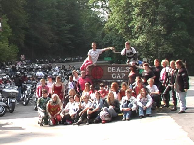 Womens-sportbike-rally-at-deals-gap20072