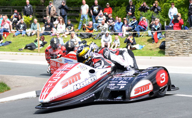 060313-tim-reeves-dan-sayle-iomtt-sidecar-1-action-f