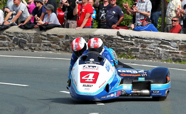 060513-birchall-brothers-iomtt-sidecar-race-2-action-f