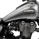 060513-triumph-thunderbird-silver-close-up