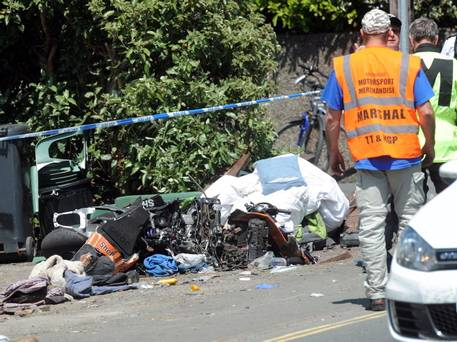 060713-iomtt-crash-t