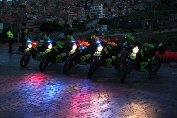 062613-zero-police-motorcycles-colombia-08
