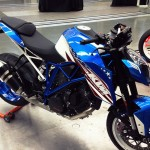 070213-ktm-1290-superduke-r-patriot-07