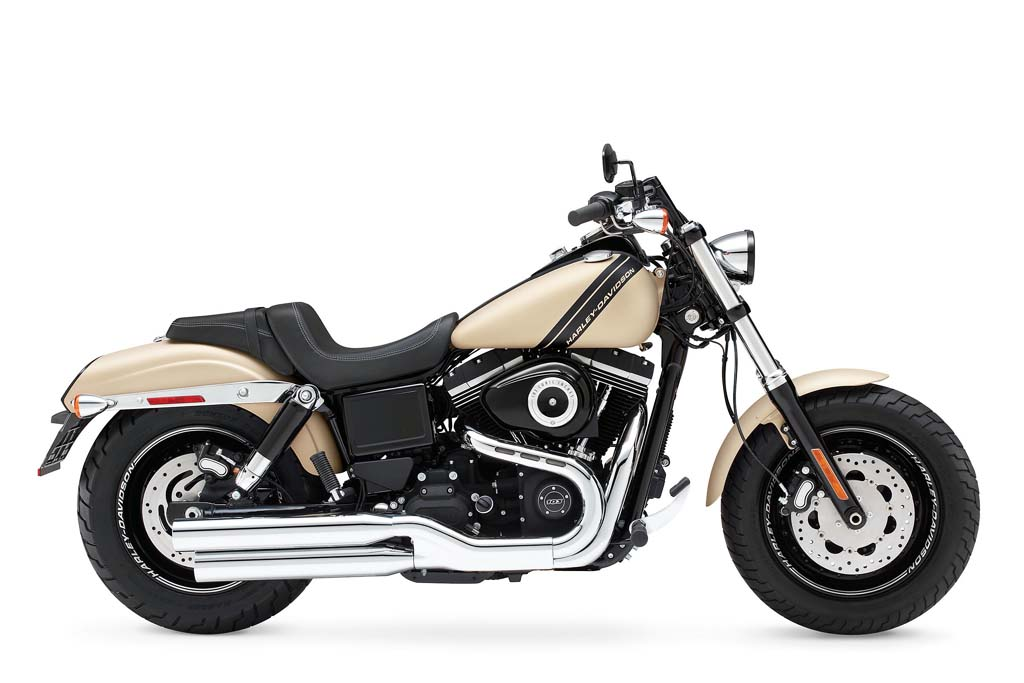 2014 harley davidson fat bob receives dark custom makeover news. Black Bedroom Furniture Sets. Home Design Ideas
