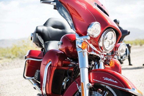 081913-2014-harley-davidson-ultra-classic-electra-glide-001