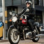 2014 Triumph Bonneville, Bonnevile T100, Thruxton and Scrambler Receive Minor Updates
