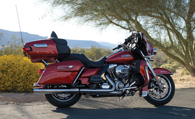 082213-2014-harley-davidson-electra-glide-ultra-classic-f