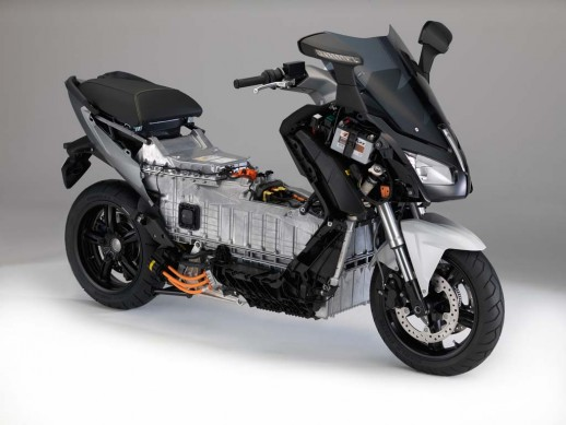 091013-2014-bmw-c-evolution-17