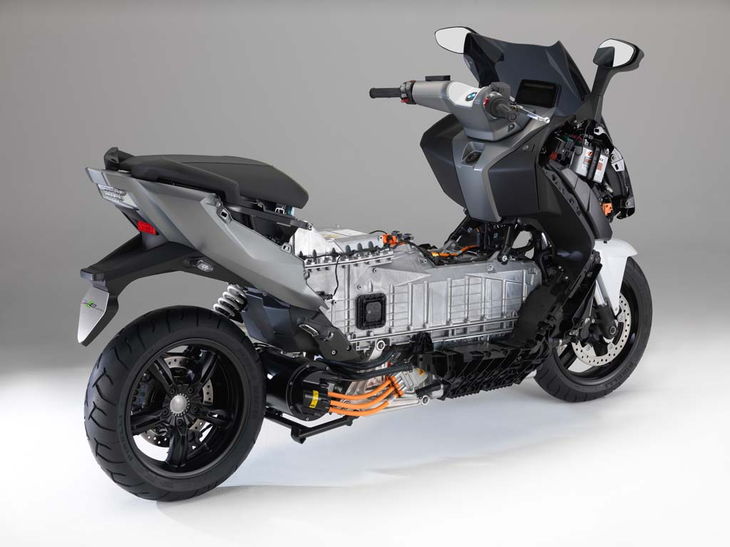 2014 bmw c evolution electric scooter revealed news. Black Bedroom Furniture Sets. Home Design Ideas