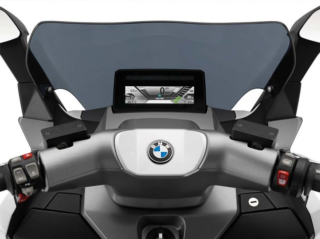 091013-2014-bmw-c-evolution-20