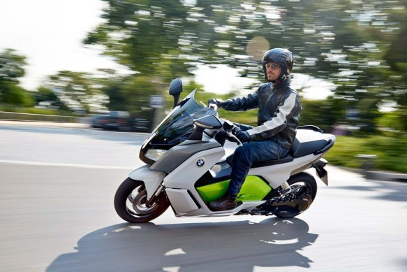 091013-2014-bmw-c-evolution-31