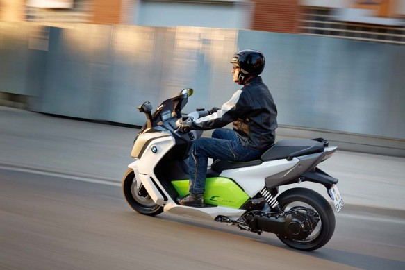 091013-2014-bmw-c-evolution-33