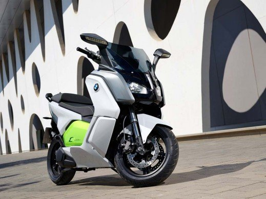 091013-2014-bmw-c-evolution-39