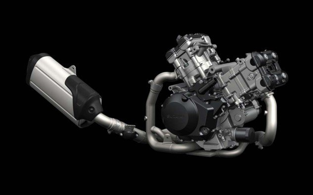 092313-2014-suzuki-v-strom-1000-V-twin-Engine-Exhaust