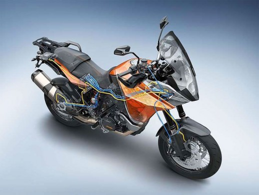 092413-2014-ktm-1190-adventure-abs-traction-control-03