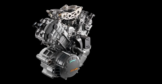 100113-2014-ktm-1290-super-duke-r-discover_engine
