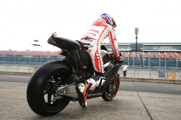 100313-casey-stoner-motogp-honda-rcv1000r-production-racer-test-06