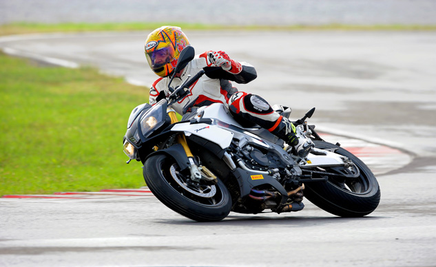 2014_Aprilia_Tuono_V4R_ABS_launch_Tor (17)