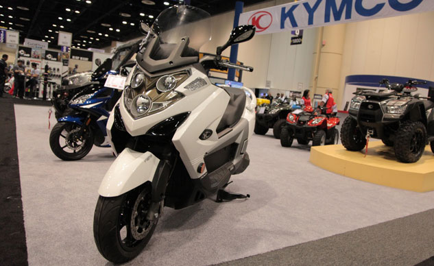 Kymco MYROAD700i Feature